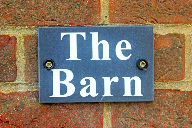 The Barn-Sign-1920x1280